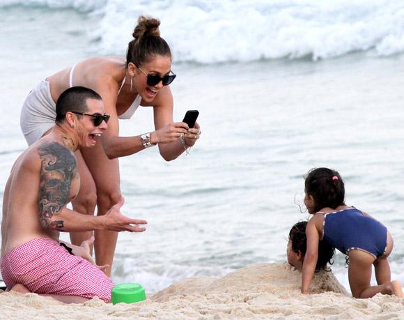 Jennifer Lopez Casper Smart