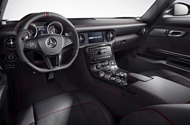 Mercedes-Benz-SLS-AMG-2013