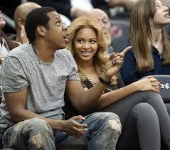Be et Jay-Z en plein match au Barclays Centre