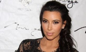Kim Kardashian:Enfin son petit ventre!