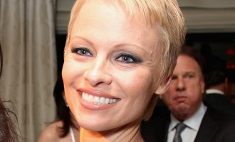 La nouvelle vidéo sexy de Pamela Anderson