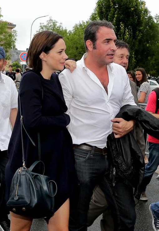 Nathalie p chalat enceinte de son premier enfant avec jean for Jean dujardin pechalat