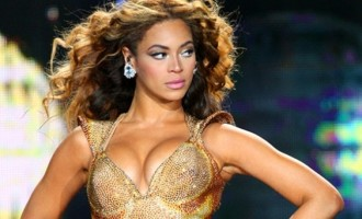 Beyoncé:Morte et remplacée par un clone?