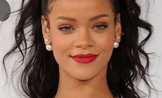 Rihanna:Son incroyable idée de pour aider les jeunes démunis à poursuivre leurs études