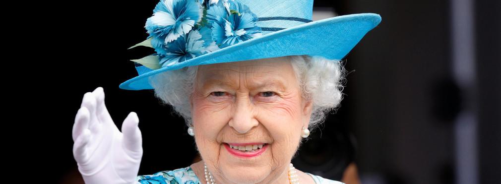 «Je suis toujours en vie!«, plaisante la reine Elizabeth II suite au Brexit