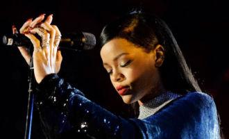 Rihanna:Son hommage bouleversant aux victimes de Nice