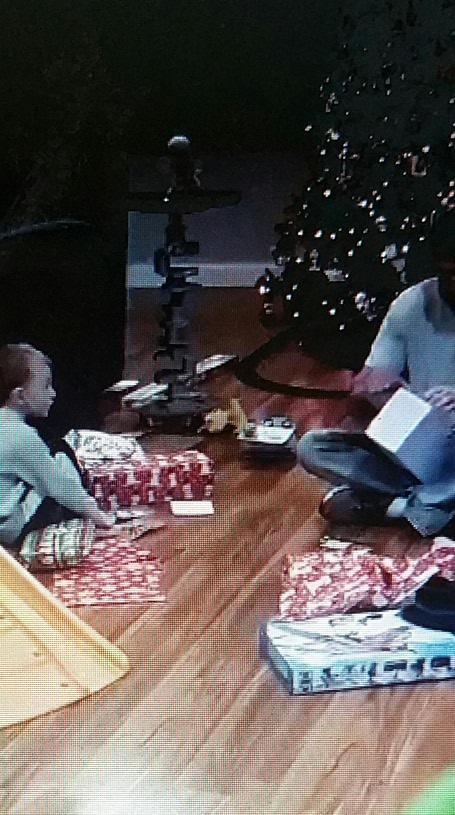 Cet enfant vit le meilleur Noël de sa vie !