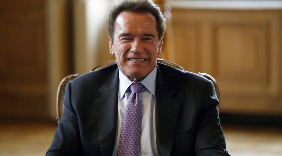arnold schwarzenegger l 39 acteur l gendaire vient de f ter ses 70 ans. Black Bedroom Furniture Sets. Home Design Ideas