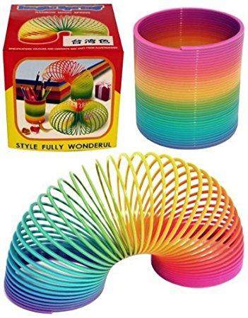 Vous n'avez jamais utilisé votre Slinky de la bonne manière… La preuve !