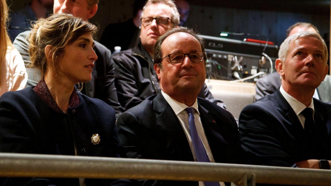 François Hollande et Julie Gayet: Première sortie officielle en amoureux!