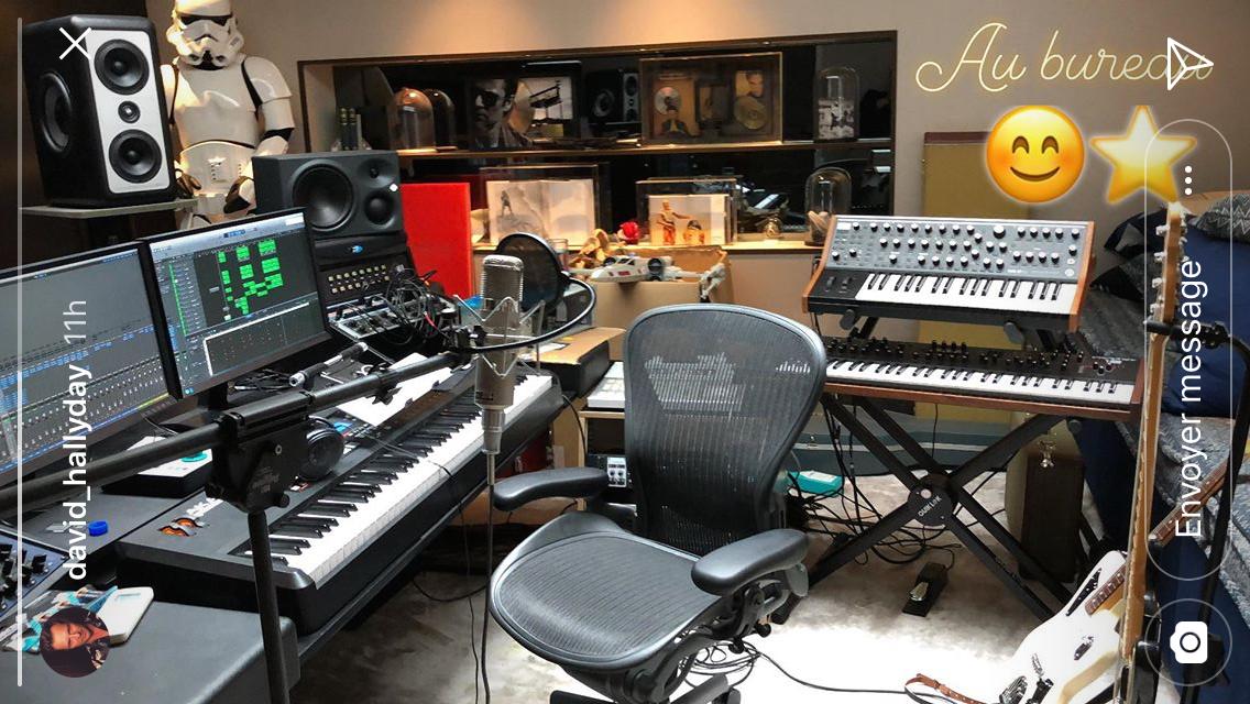 Album posthume de Johnny : David Hallyday échappe à la douleur en s'enfermant dans son studio