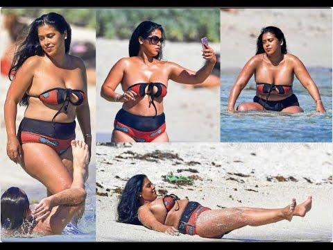 7- Ayem Nour en vacances à la plage (2017)