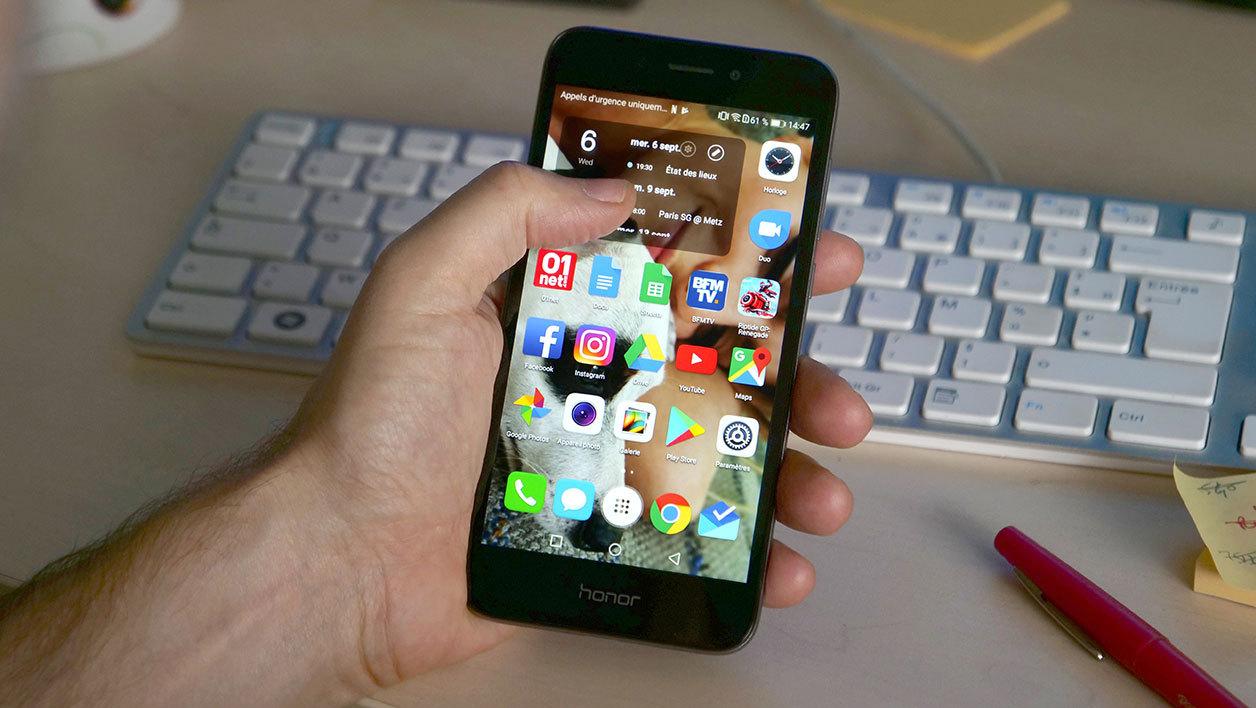 Pour ADO: Smartphone Honor 6A, utile et agréable pour un premier téléphone! Ergonomie et performances corrects. Prix: 99e