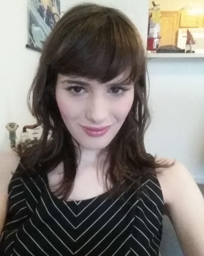 Transgenre En 17 mois, un ado de 18 ans devient une élégante et jolie jeune femme 7