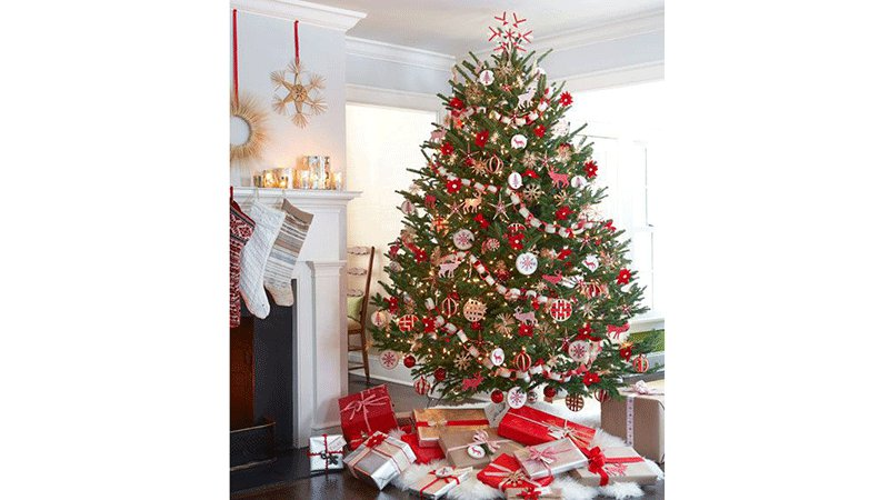 sapin-noel-tradition-hiver-decoration