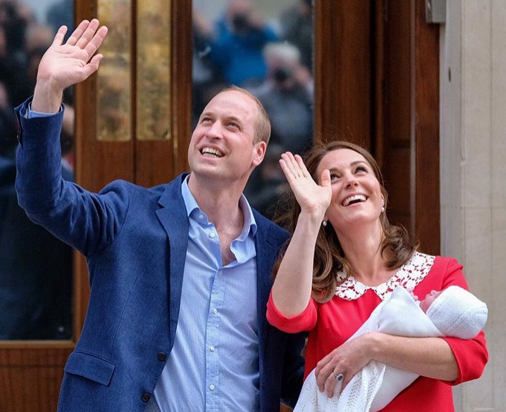 9  – Kate Middleton et le prince William lors de la naissance du prince Louis (Avril 2018)