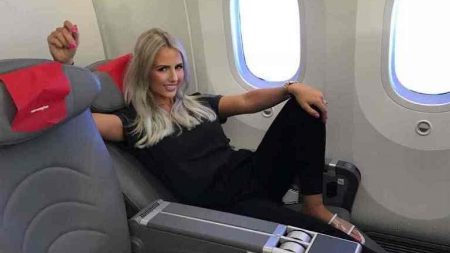 Cette blogueuse luxe n'en a rien à faire de ses enfants quand elle voyage !