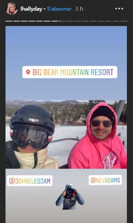 Laeticia Hallyday et Kev Adams en vacances au ski