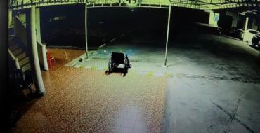 Paranormal : La caméra de surveillance filme un étrange phénomène