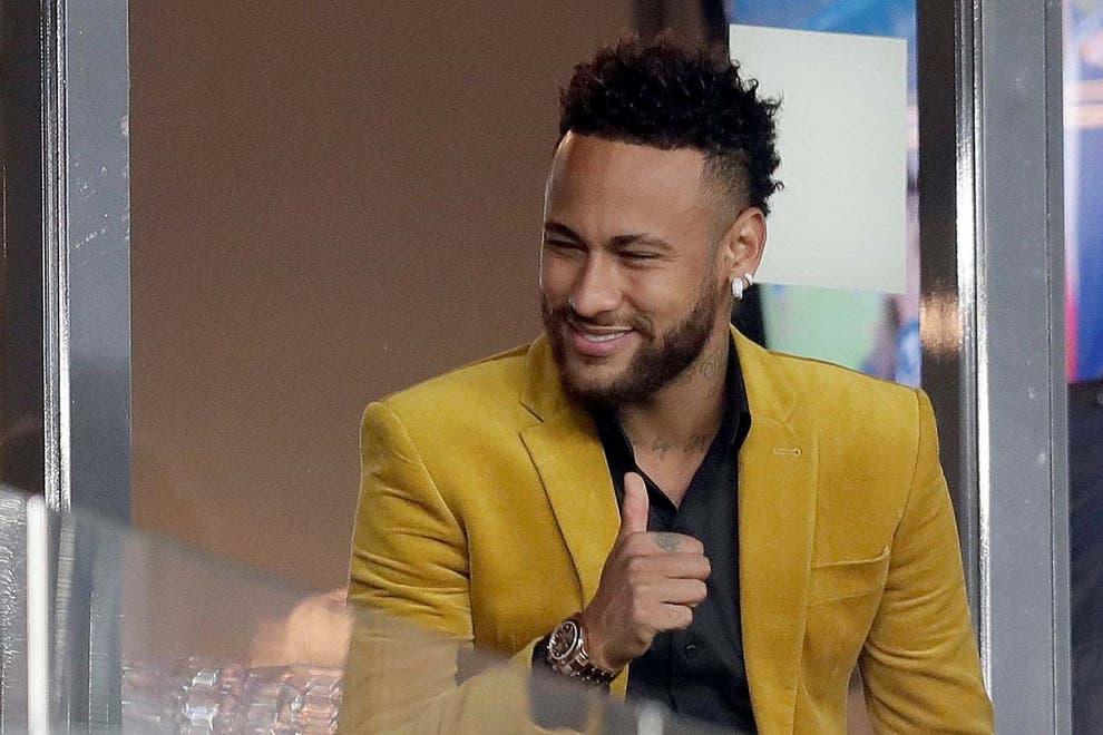 nouvelles-revelations-concernant-neymar-et-sa-fete-geante-pour-le-reveillon