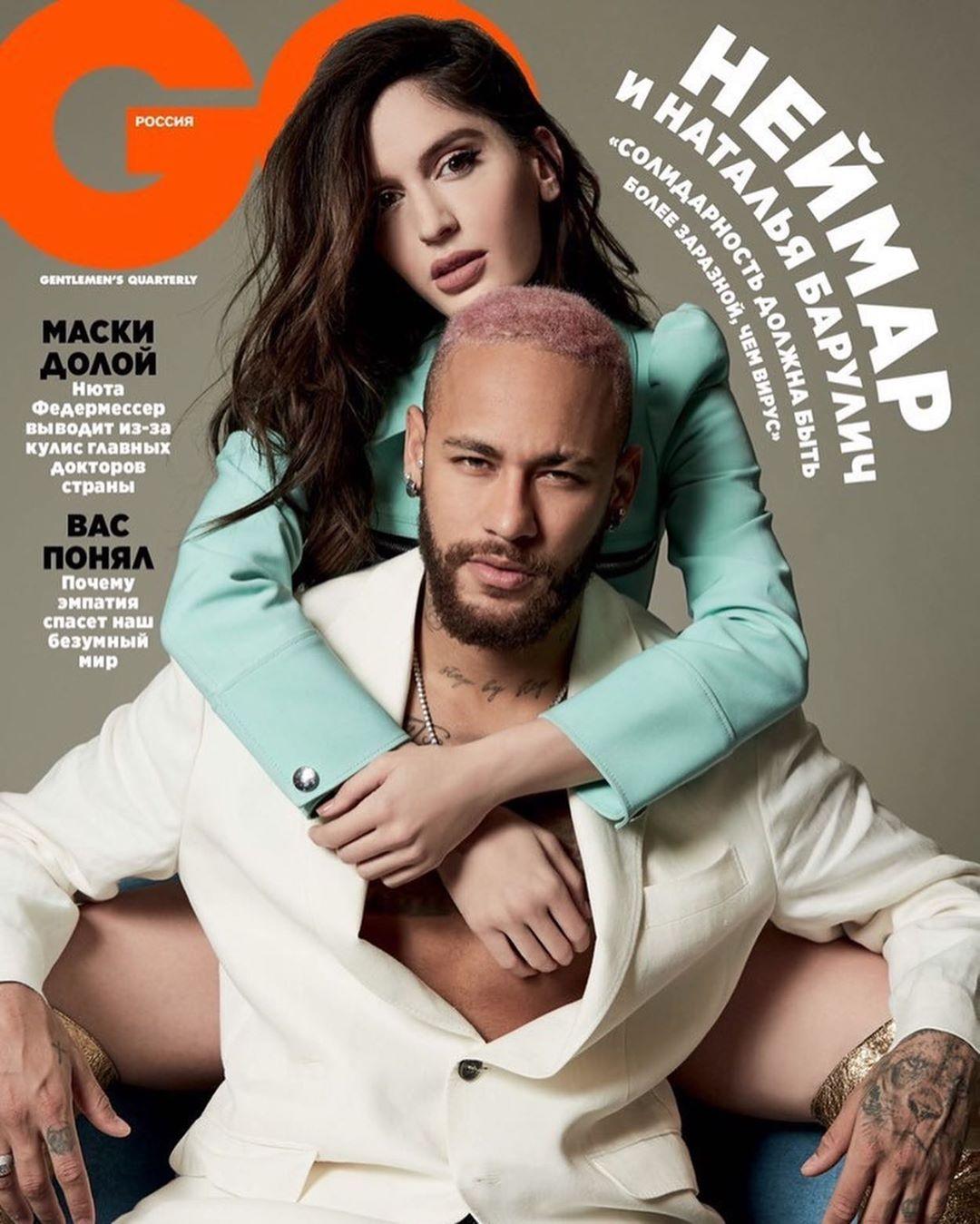 neymar-sous-le-charme-d-une-jolie-candidate-de-tele-realite-ce-geste-qui-en-dit-long